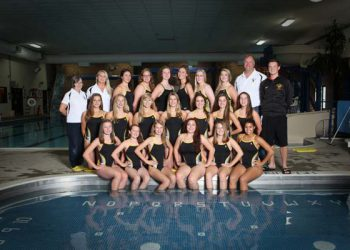 varsity-girls-swim-team